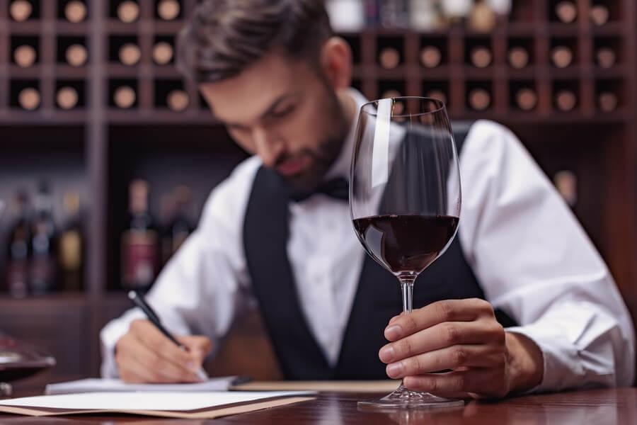 Wine Sommelier, Dedikasikan Hidup Untuk Wine